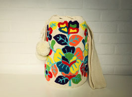 FLORELIA Mochila bag handcrafted by Colombian Wayuu women