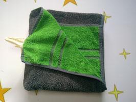 Handtuch aus BIO Bambus, 50x100cm, grau/grün