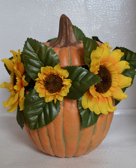 Herbstgesteck im Keramikkürbis