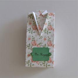 Hemdbox klein weiß mit Rosen