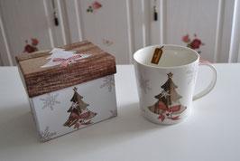 Tasse Motiv Tannenbaum im Geschenkkarton