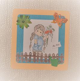 Tilda mit Blumenstrauß blau-beige