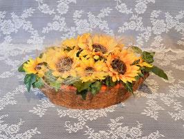 Herbstgesteck mit Sonnenblumen