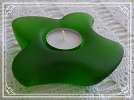 Teelicht Lilie aus grünem Glas
