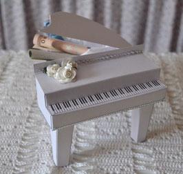 Klavier weiß