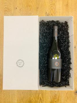 Tomac Sauvignon Blanc Amfora in der Geschenkbox
