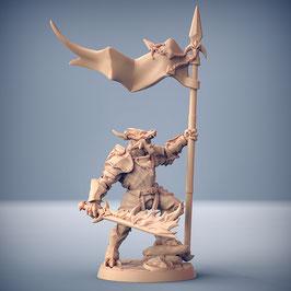 Draconoid Krieger mit Flammenschwert und Standarte