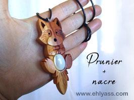 Amulette Renard / loup farceur sculpté + pierre