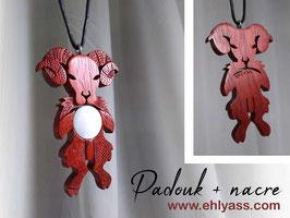 Grande amulette Bélier en bois + Nacre