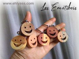 Emotibois smiley souriant