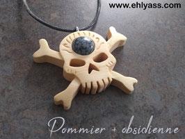 Amulette Crâne de pirate en bois + Pierre