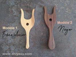 Lucette médiévale (deux modèles différents)
