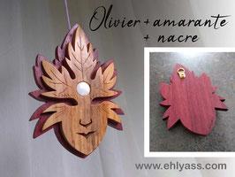 Petite sculpture Masque Feuilles / esprit de l'arbre sur socle + Nacre