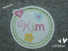 Applikation BlumenButton Kim mit Wunschnamen