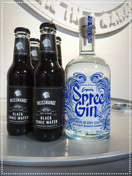 33. BLACK GIN TONIC / Spree Organic Gin + 3 Black Tonic Water + 1 Black Tonic Water ( for free )