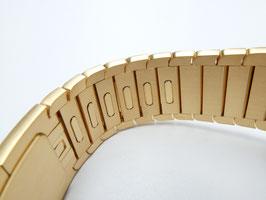 23 Karat gold plating of your Apple Watch Link Bracelet