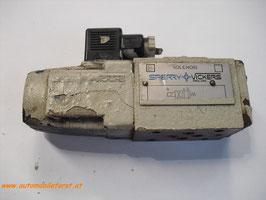 Hydraulik 4/3 Wegeventil Sperry Vickers