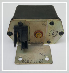 Saab Lichtmaschinenregler/ Generator/ Spannungsregler 72717002
