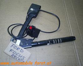 Ford Focus Gurtstraffer rechts 98ABA61208BF