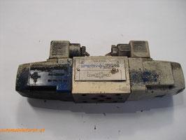 Hydraulik 4/2 Wegeventil Sperry Vickers doppelwirkend