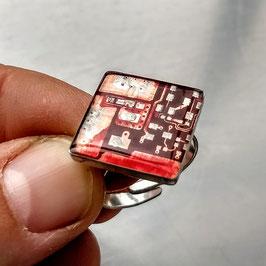 Ring E16 mit Schachtel
