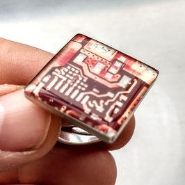 Ring E20 mit Schachtel