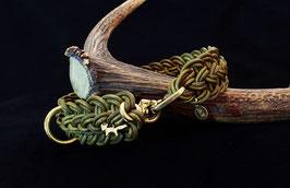 """Halsband in """"Oliv Gewischt"""""""