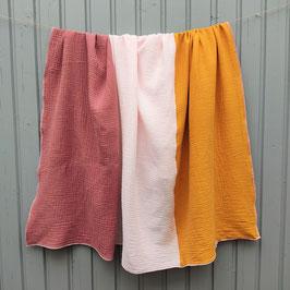 Quadratisches Tuch in beere - rosa - curry