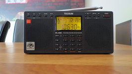 TECSUN  PL-390 STEREO Weltempfänger