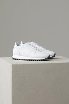 CLOSED   Monochrome Sneakers - white
