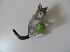 Schleich Katze mit Wollknäuel, 2003