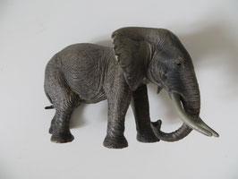 Schleich afrikanische Elefantenkuh, 2011