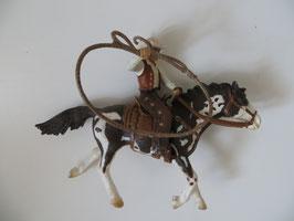 Schleich Cowboy mit Lasso auf Westernpferd, 2005