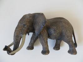 Schleich afrikanischer Elefantenbulle, 2011