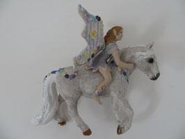 Bayala Oleana auf Pferd, 2007