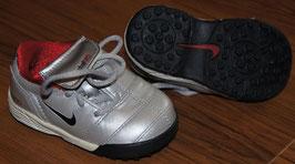 Nike Total90