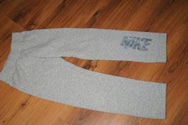 ME1090 NIKE Sporthose Jogger 128-137 S
