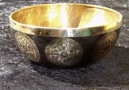 Bol tibétain noir gravé pour massages 26 cm-28 cm