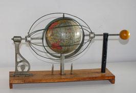 Everest Globe