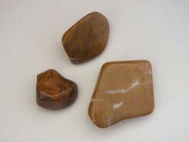 Jaspe jaune en pierres roulées