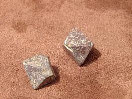 Magnétite brute - octaèdre
