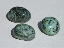 Turquoise africaine en pierres roulées