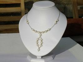 Collier en perles de culture d'eau douce (B067)