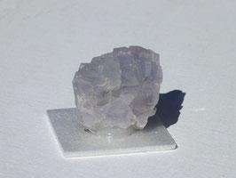Fluorite violette brute