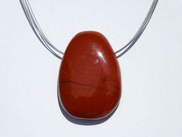 Jaspe rouge en pierres percées