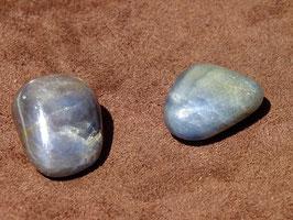 Saphir en pierres roulées