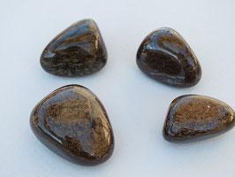 Bronzite en pierres roulées