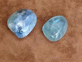 Fluorite bleue en pierres roulées