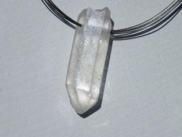 Cristal de roche en pierres percées (brutes)