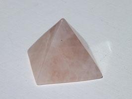 Pyramides en quartz rose